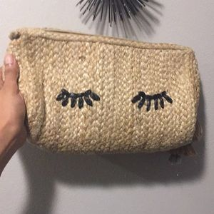 Handbags - Shuteye clutch ✨